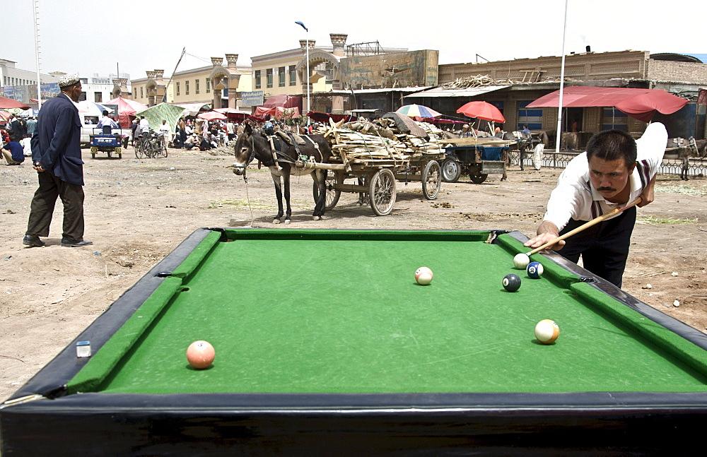 Outdoor pool, Kashgar, Xinjiang Province, China.