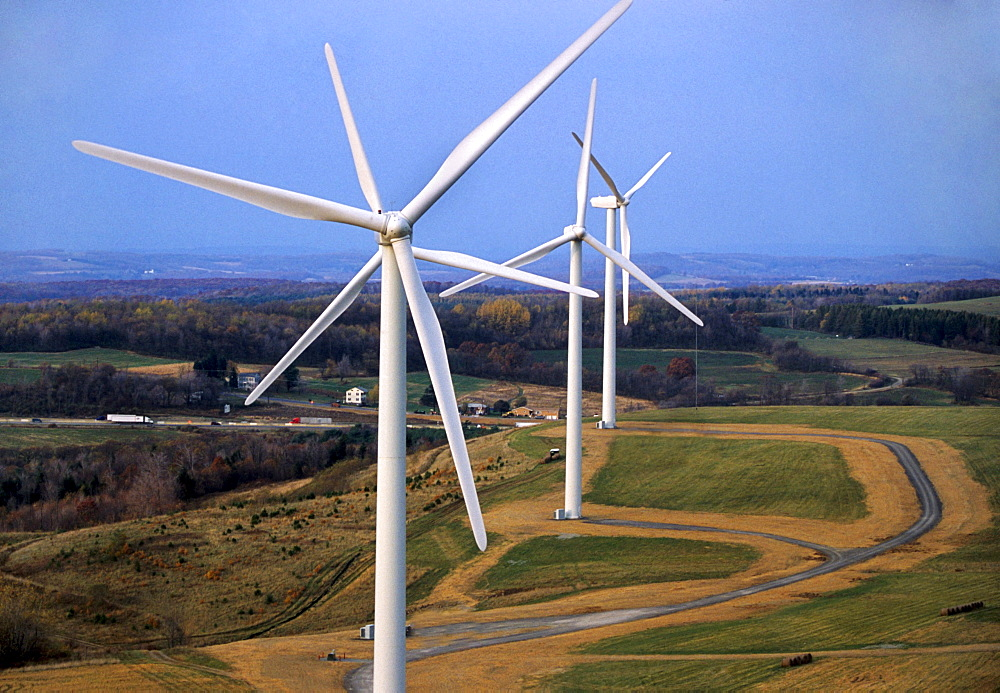 Electricity generating windmills in Sommerset Pennsylvania.