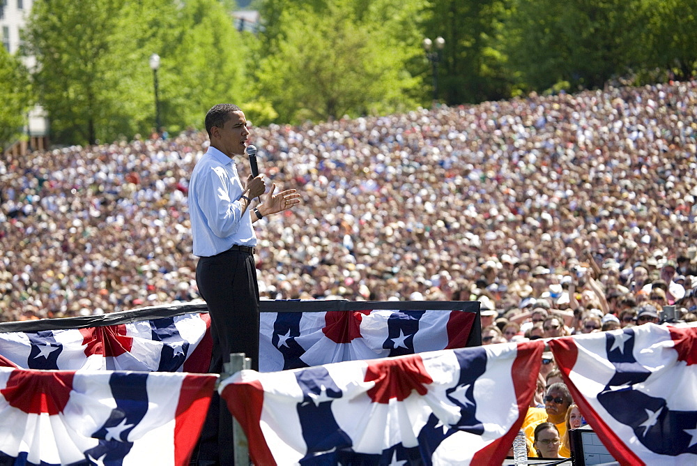 Presidential candidate and Democratic front runner, Barack Obama, speaks in front of huge crowd of people at a record breaking political rally in Waterfront Park, Portland, Oregon on May 18, 2008.  The City of Portland Fire Department estimated crowd attendance at 72,000.  It  was the largest campaign rally to date for the candidate and the largest political rally in Oregon history.