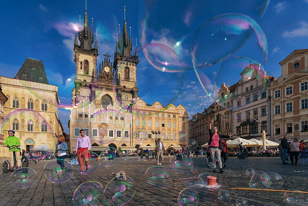 Old Town Square, Stare Mesto (Old Town), UNESCO World Heritage Site, Prague, Czech Republic, Europe
