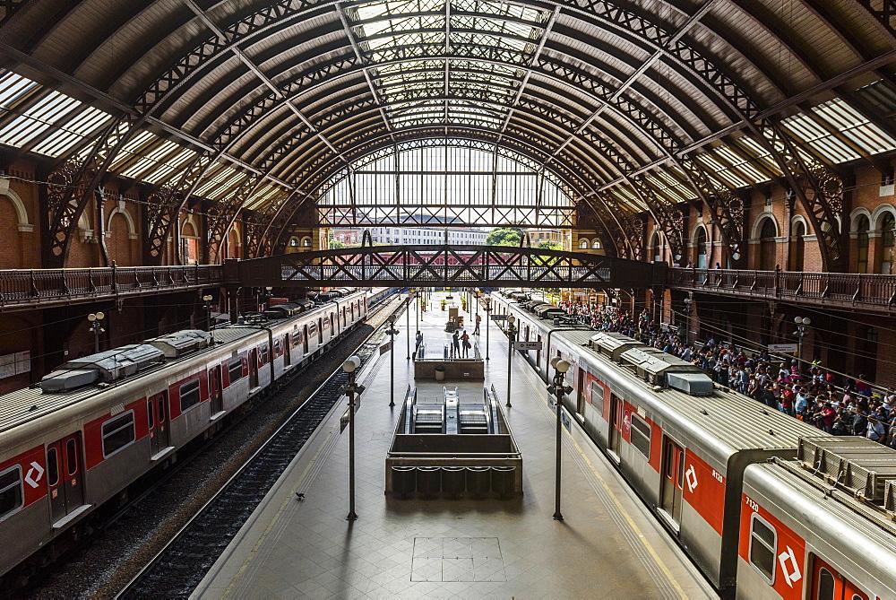 Estação da Luz central train station in São Paulo, Brazil