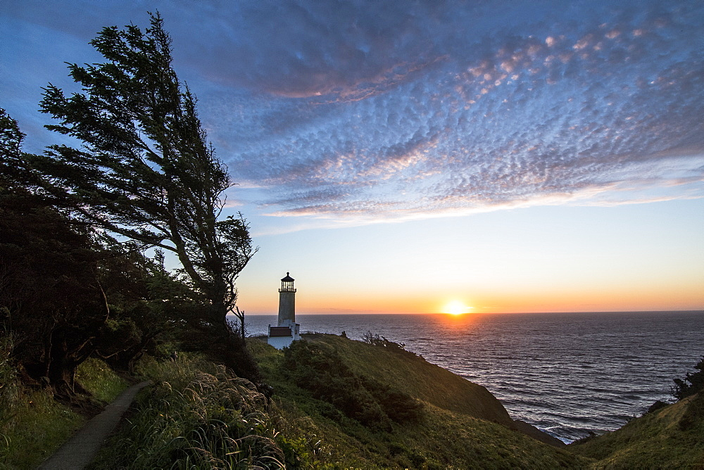 Cape Disappointment sunset lighthouse