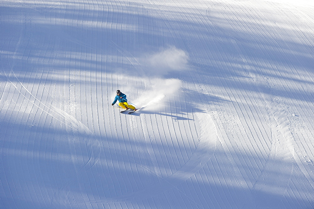 Man skiing at Aspen Resort, Colorado