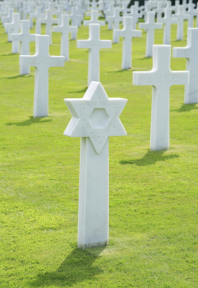 The grave of a Jewish American soldier at the Normandy Ameriacan Cemetery, France