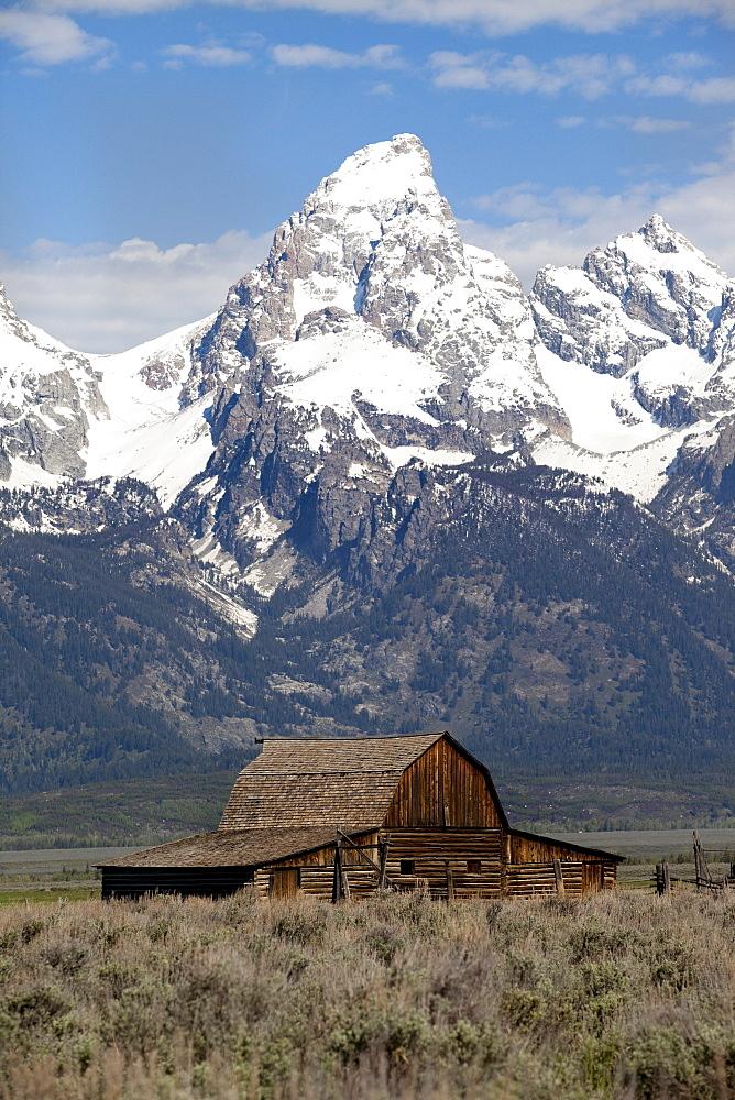 Barn on Mormon row and the Grand Tetons.
