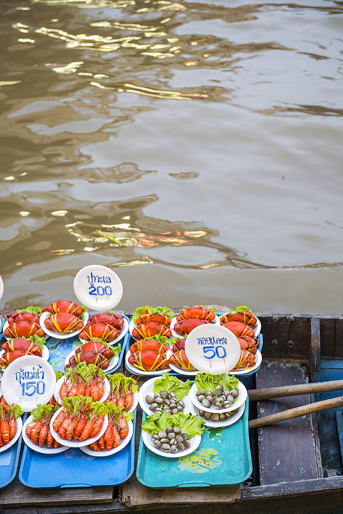River prawns and other seafood for sale at Amphawa Floating Market, Samut Songkram, Thailand