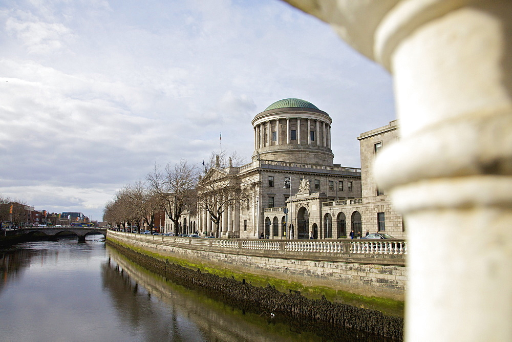 Four Courts The Supreme Court Of Ireland On River Liffey; Dublin County Dublin Ireland