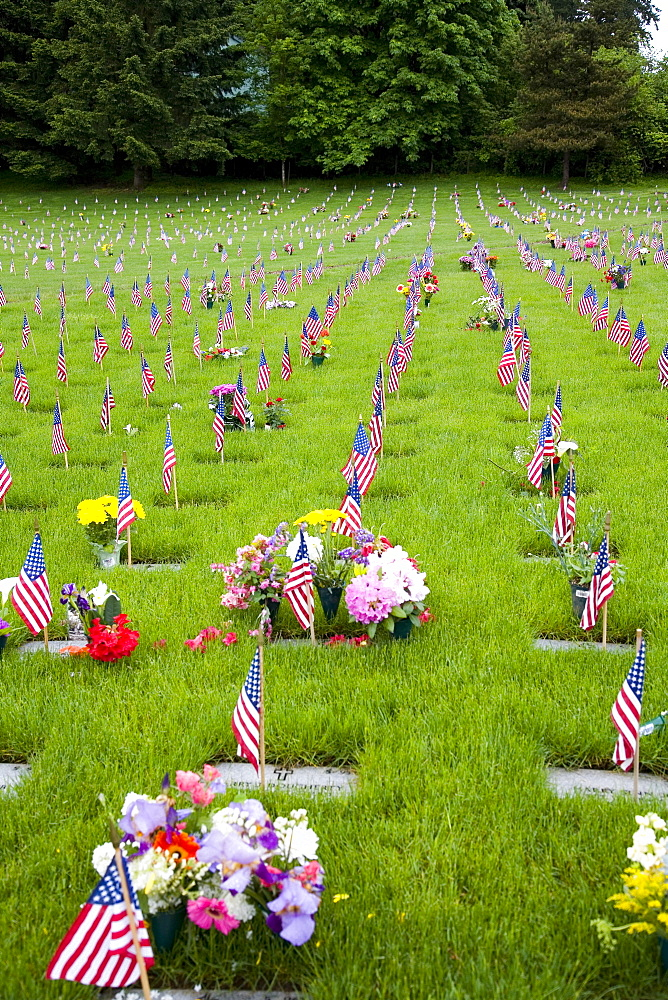 Memorial Flowers And Flags, Graveyard, Oregon, Usa