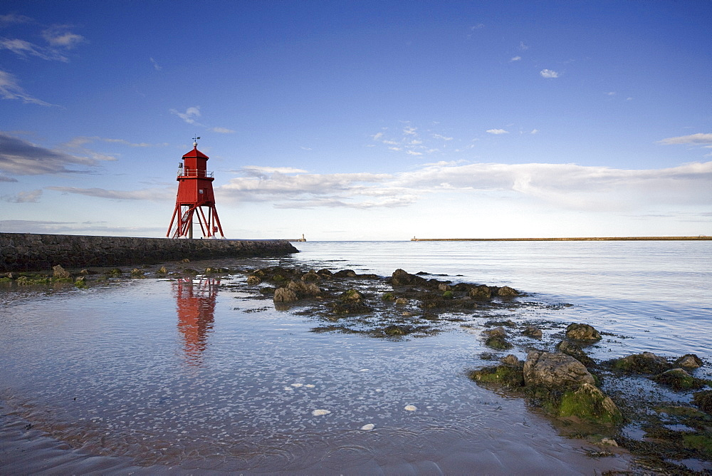 Herd Groyne Lighthouse, South Shields, Tyne And Wear, England