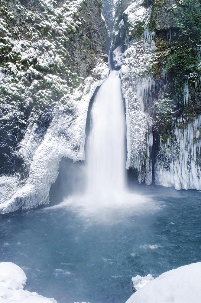 Wahclella Falls, Columbia River Gorge, Oregon, Usa