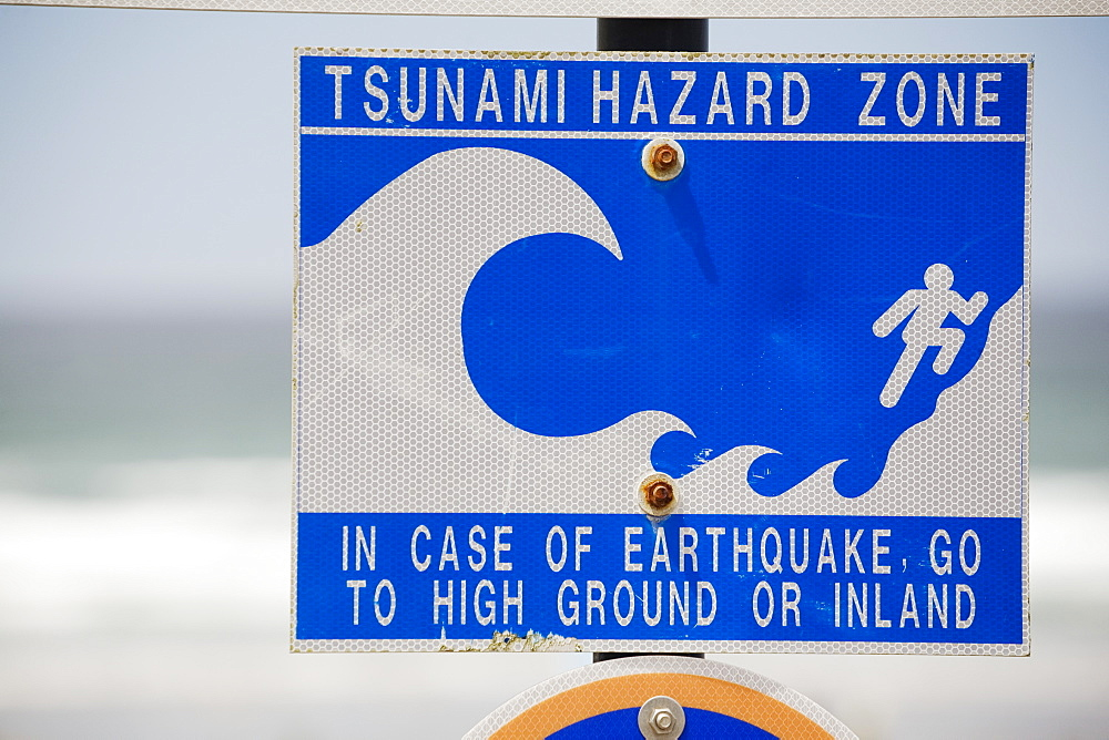 Tsunami Warning Sign With The Ocean In The Background, Lincoln City, Oregon, United States of America - 1116-41638