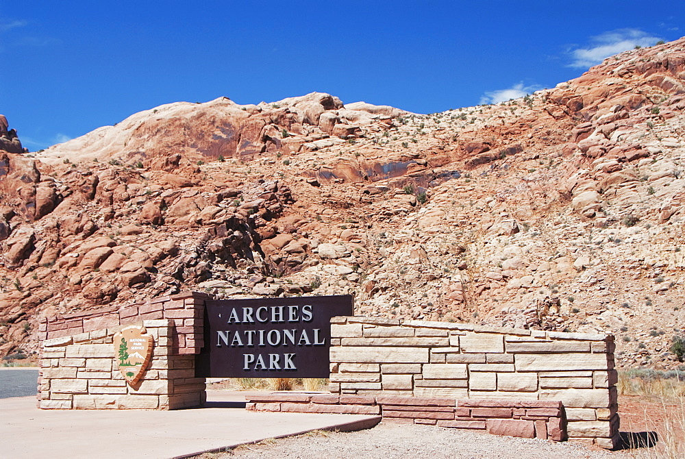 Entrance sign to arches national park, Utah united states of america