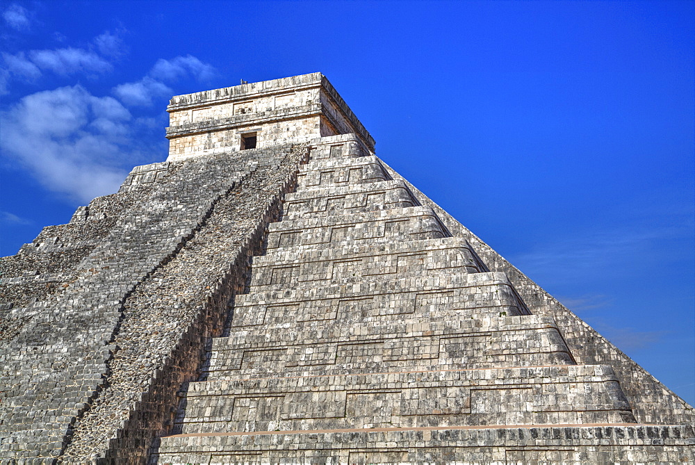 Pyramid Of Kulkulcan, Chichen Itza, Yucatan, Mexico