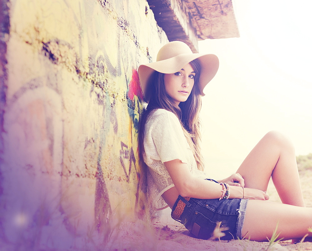 Fashion Lifestyle, Beautiful Girl At The Beach. Instagram Colors With Lens Flare And Light Leak. Trendy Hipster Colors And Style.