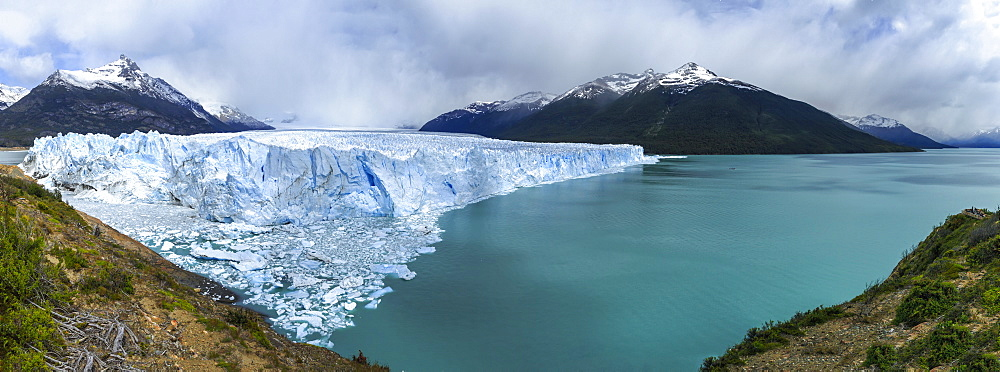 Perito Moreno Glacier Off The South Patagonian Ice Field, Los Glaciares National Park, Santa Cruz Province, Argentina