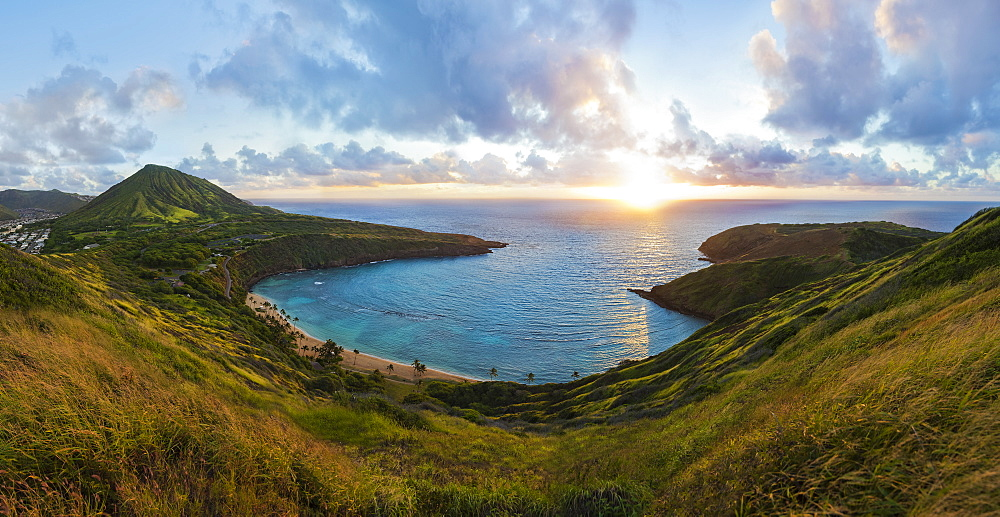 View of Hanauma Bay Nature Preserve at sunrise from the top of the ridge, East Honolulu, Honolulu, Oahu, Hawaii, United States of America