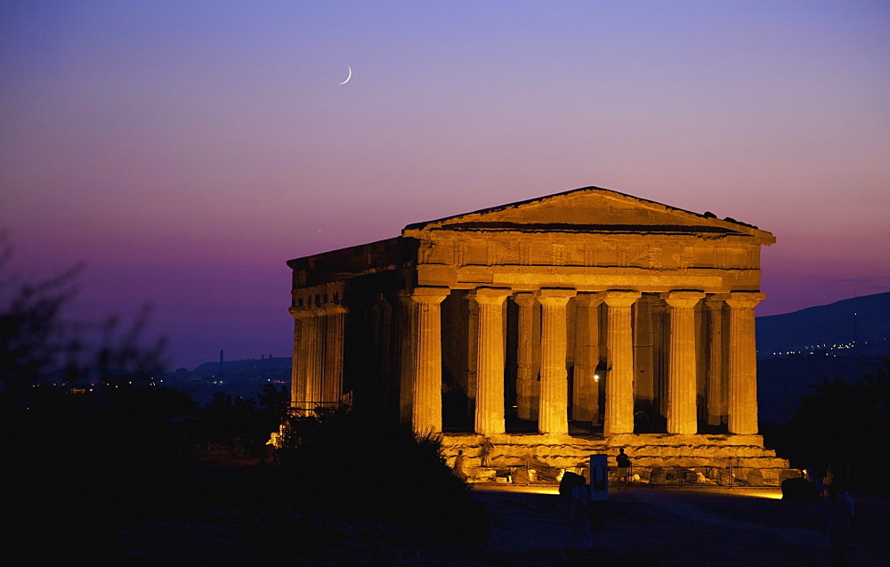 Greek Temple; Agrigento, Sicily, Italy