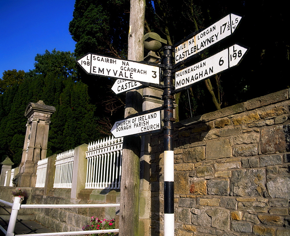 Signpost, Glashnegh, Co Monaghan, Ireland