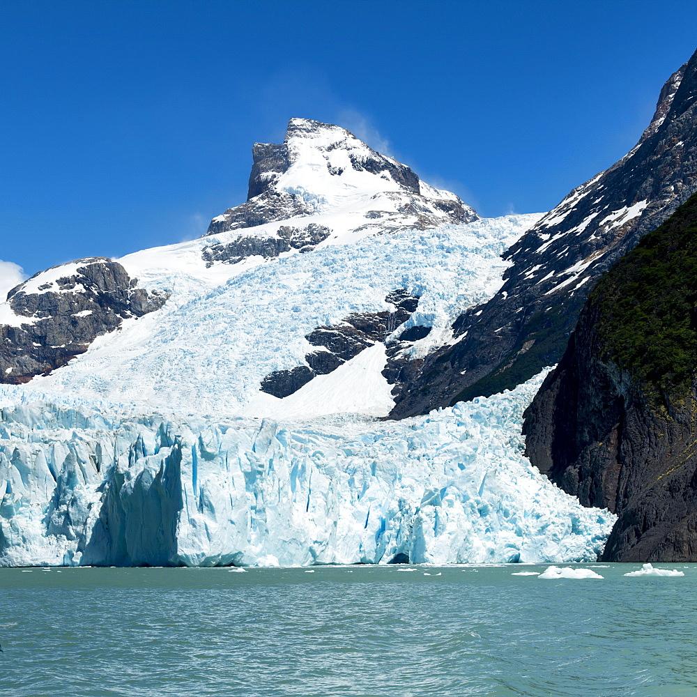 Moreno Glacier And Lake Argentino, Los Glaciares National Park, Santa Cruz Province, Argentina