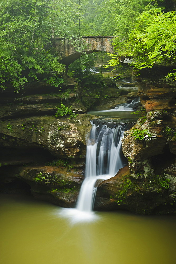 Upper falls hocking hills state park, Ohio united states of america
