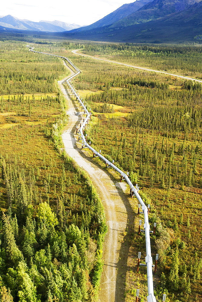 Trans-Alaska Pipeline Through Brooks Range Out To The Noatak River, Arctic Alaska In Summertime, Alaska, United States Of America