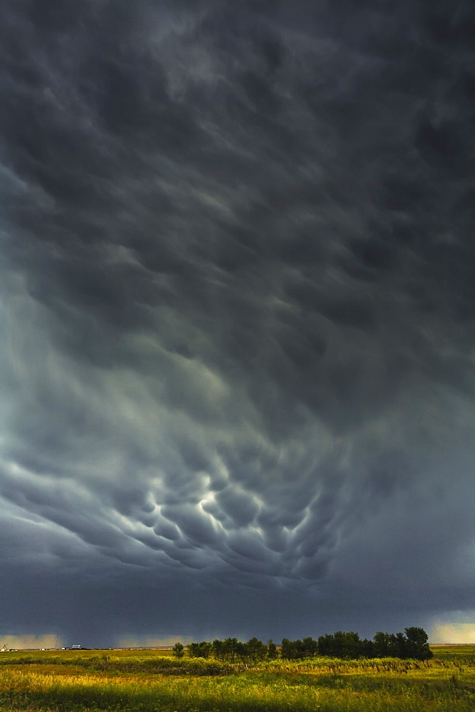 Mammatus storm clouds above the saskatchewan prairies, Saskatchewan, canada