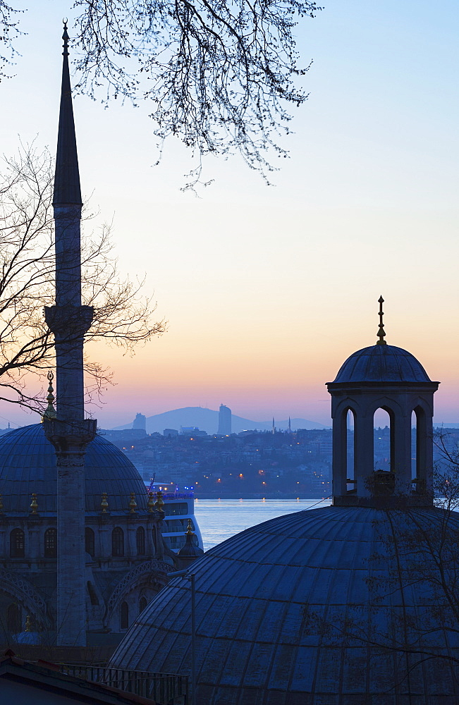 Sunset Over Istanbul With An Islamic Mosque In The Foreground, Istanbul, Turkey