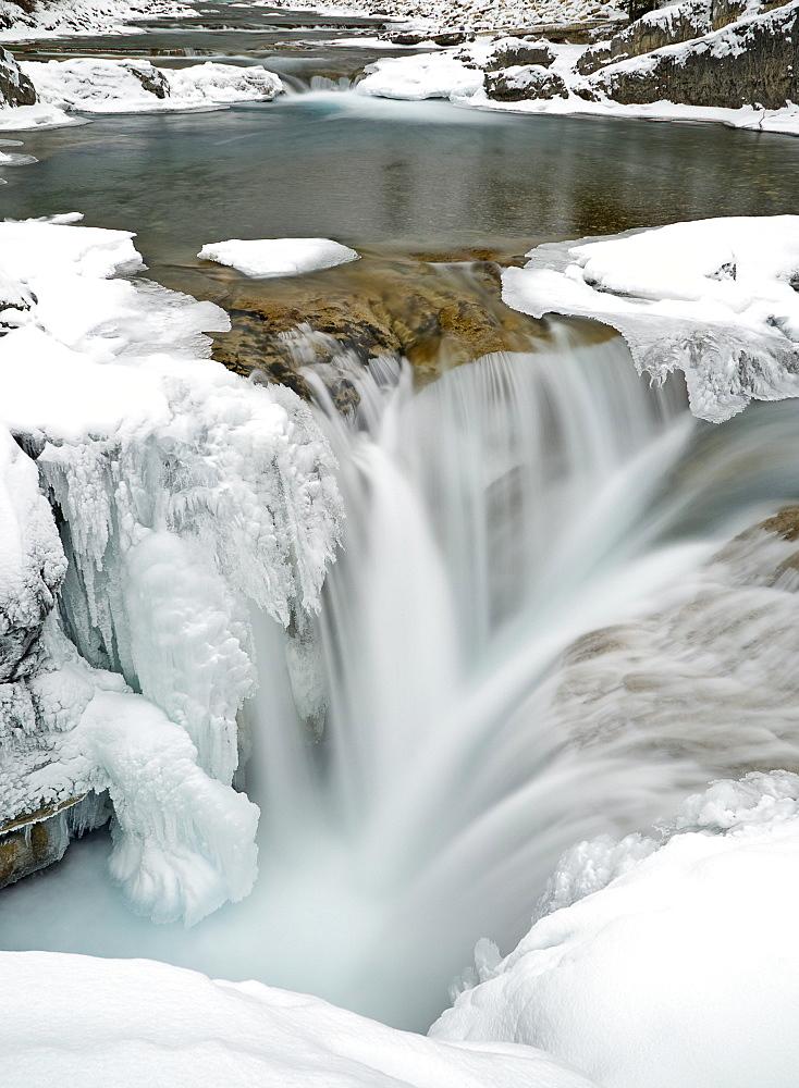 Elbow Falls, Kananaskis, Alberta