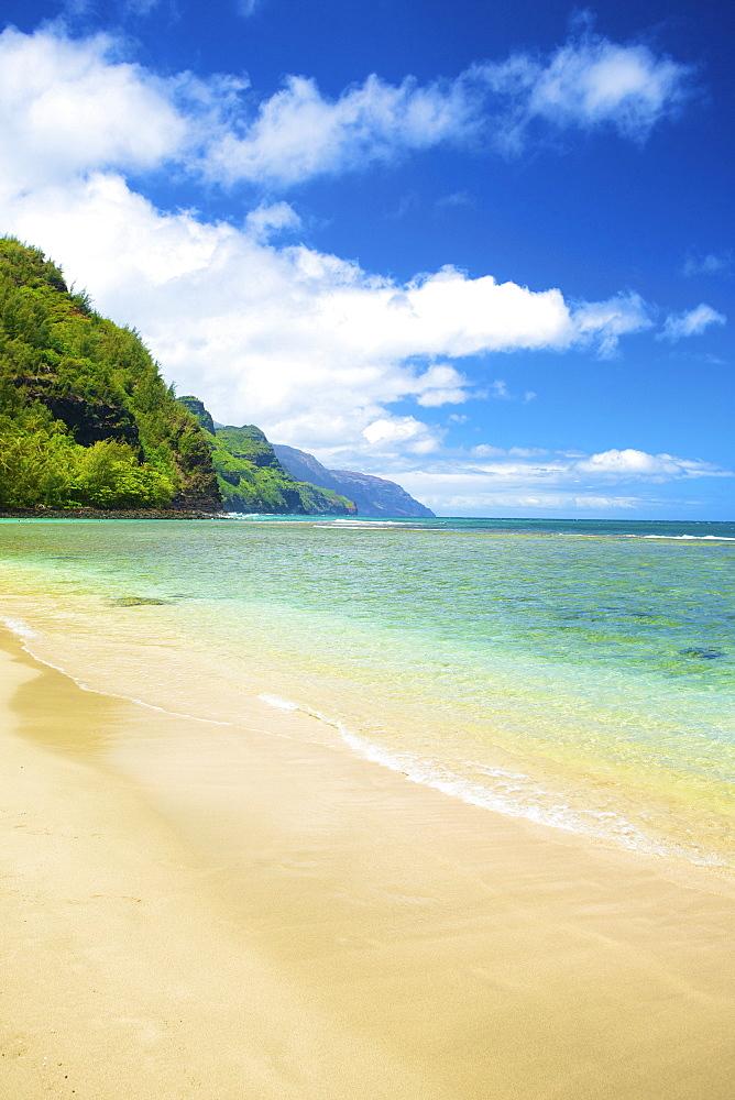 Coastline And Turquoise Water, Kauai, Hawaii, United States Of America
