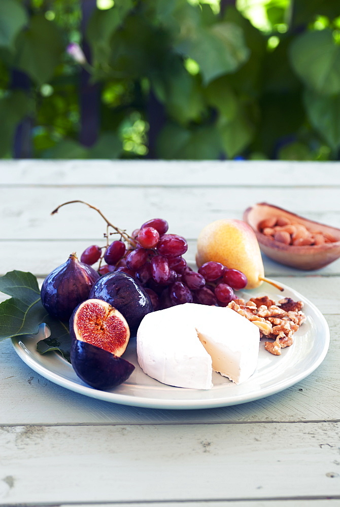 A Fruit And Cheese Platter, Laval, Quebec, Canada - 1116-44454