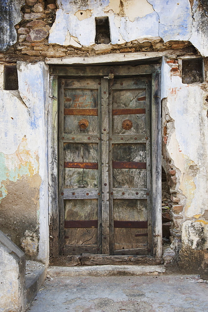Old Wooden Door, Dharpatha Mal, Madhya Pradesh, India