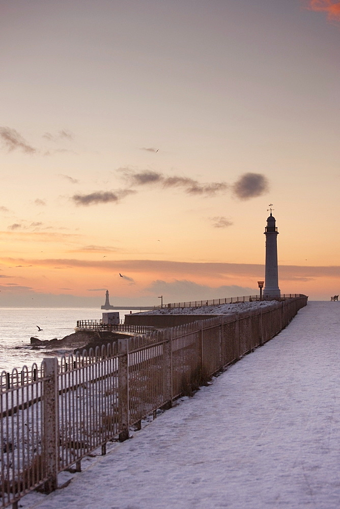 Sunderland, Tyne And Wear, England; A Lighthouse Along The Coast In Winter