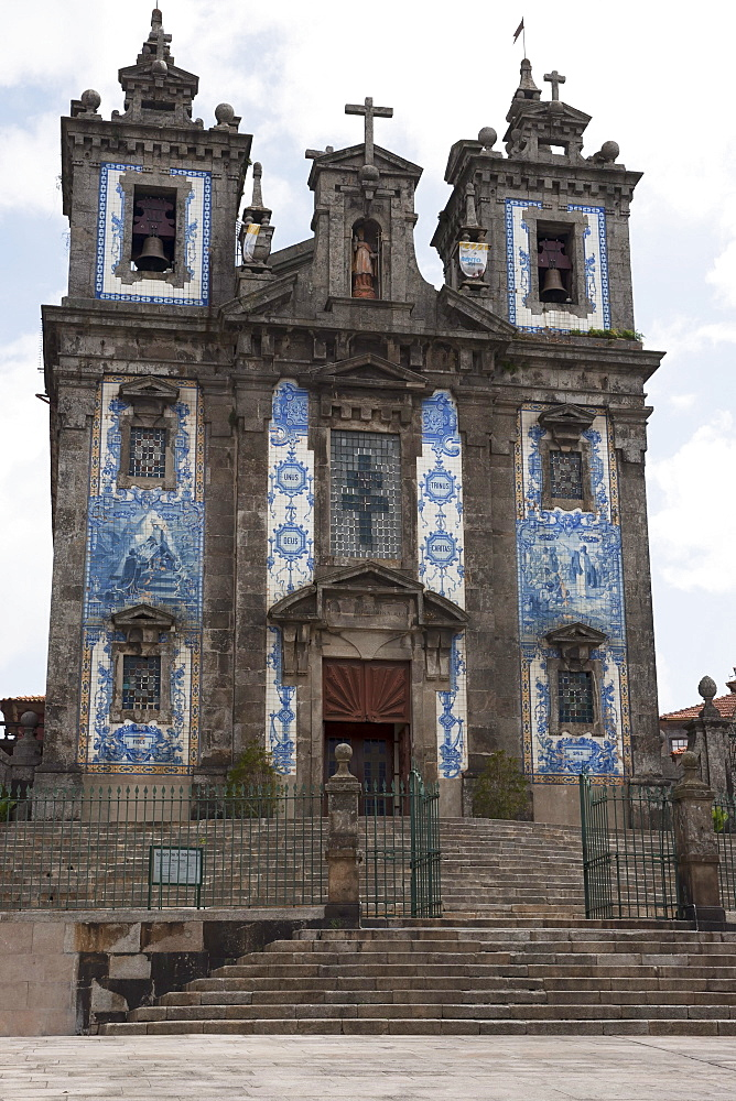 Santo Ildenfonso Church With Tile Panels Covering It's Facade; Porto, Portugal