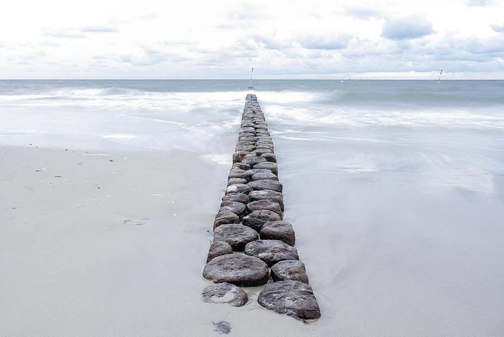Groyne leading towards sea