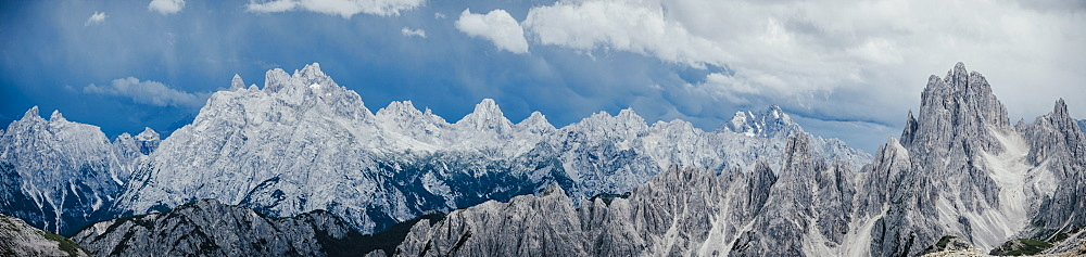 Scenic panoramic view rugged mountain peaks, Drei Zinnen Nature Park, South Tyrol, Italy