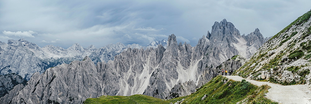 Scenic panoramic view rugged mountain peaks, Drei Zinnen Nature Park, South Tyrol, Italy - 1177-2261