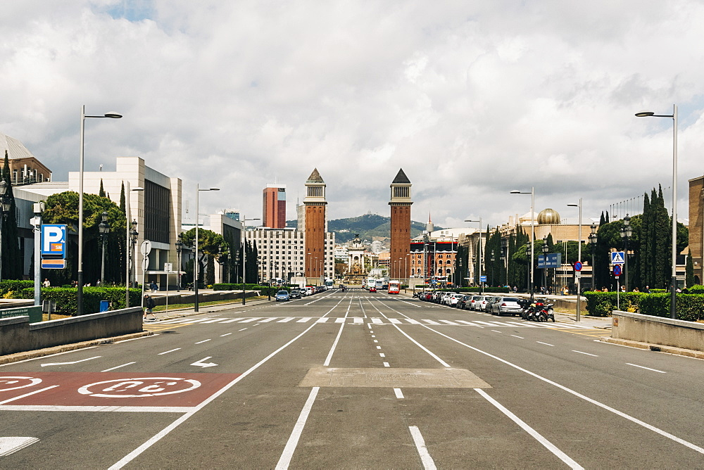 Street view towards Playa d'Espanya, Barcelona, Spain
