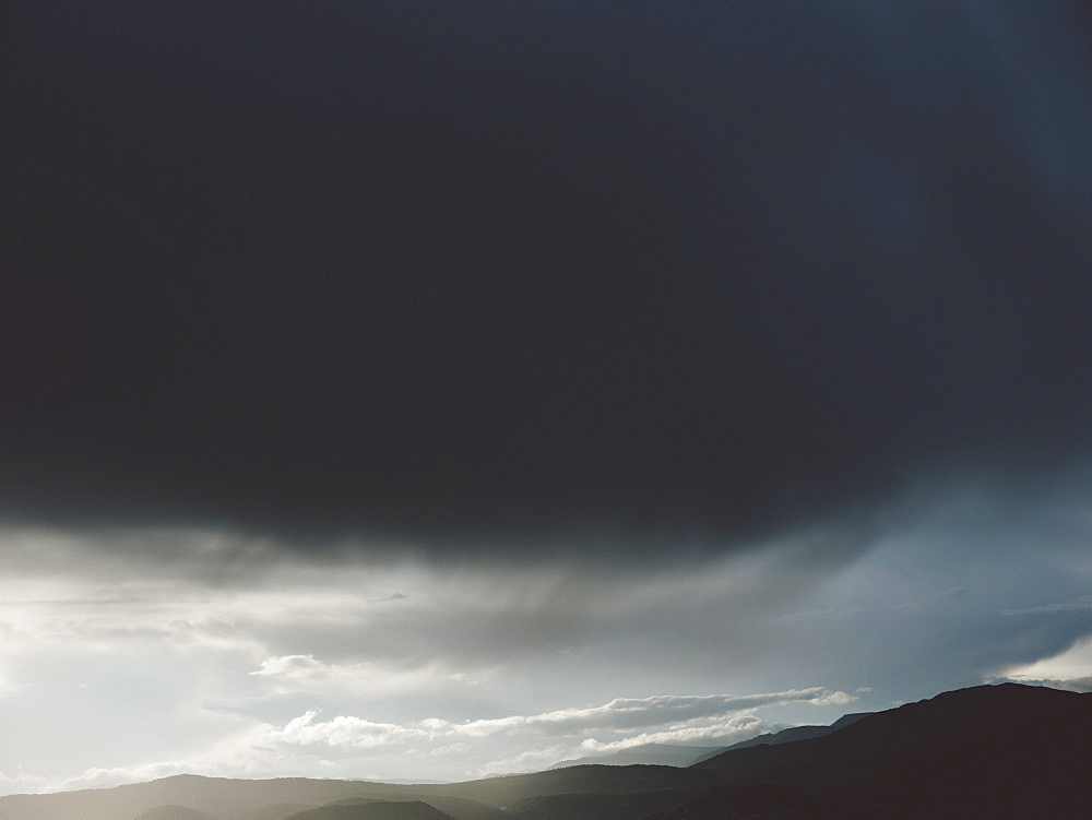 Dramatic clouds in stormy sky - 1177-3983