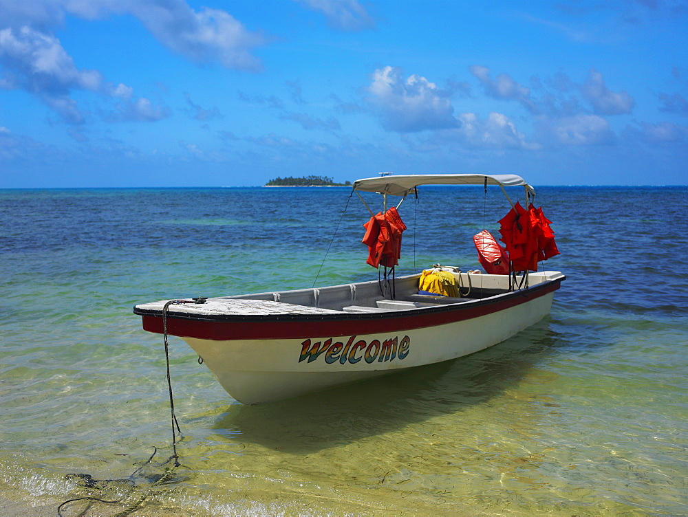 Boat moored at the seaside, Spratt Bight Beach, San Andres, Providencia y Santa Catalina, San Andres y Providencia Department, Colombia