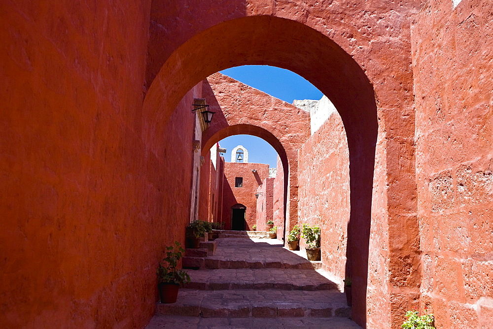 Archway of a building, Santa Catalina Convent, Arequipa, Peru - 788-14756