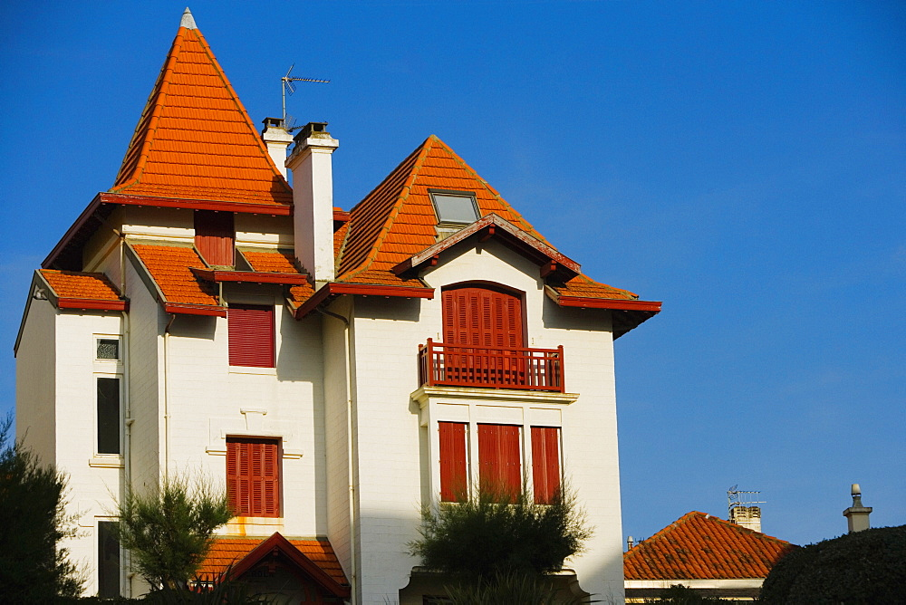 Low angle view of a building, Avenue De L'Imperatrice, Biarritz, France