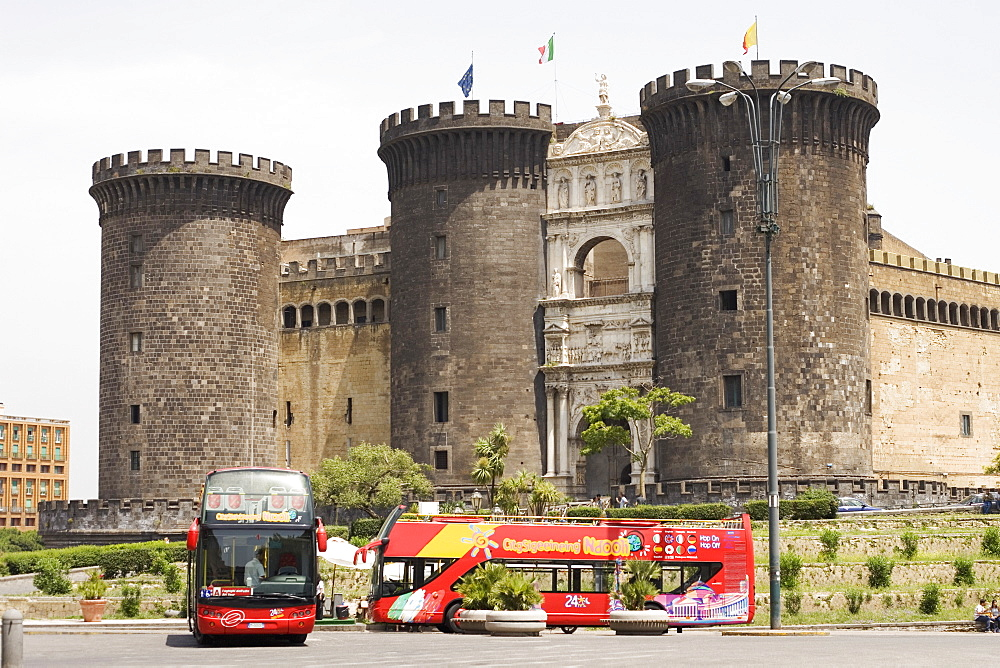 Buses in front of a castle, Castel Nuovo, Naples, Naples Province, Campania, Italy