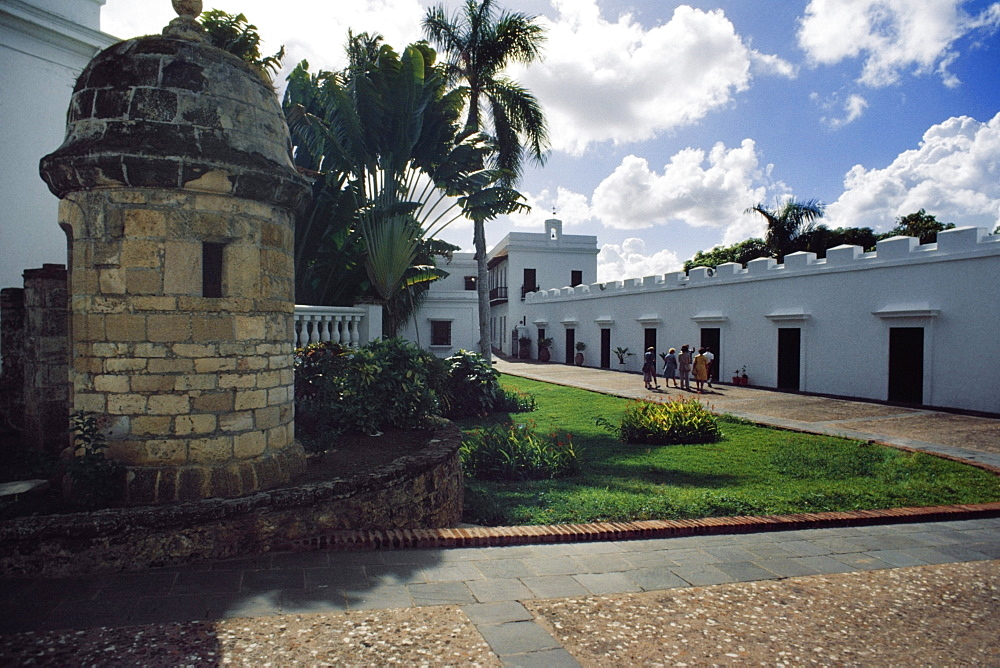 Side view of a white building, Old San Juan, Puerto Rico
