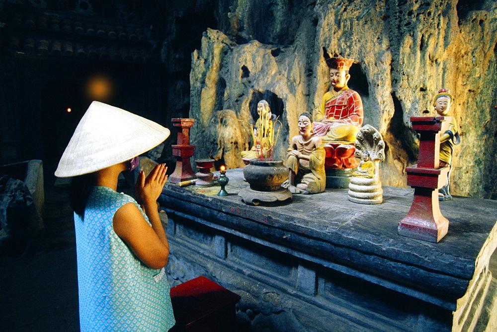 Cave temple, Marble Mountain, Danag, Vietnam