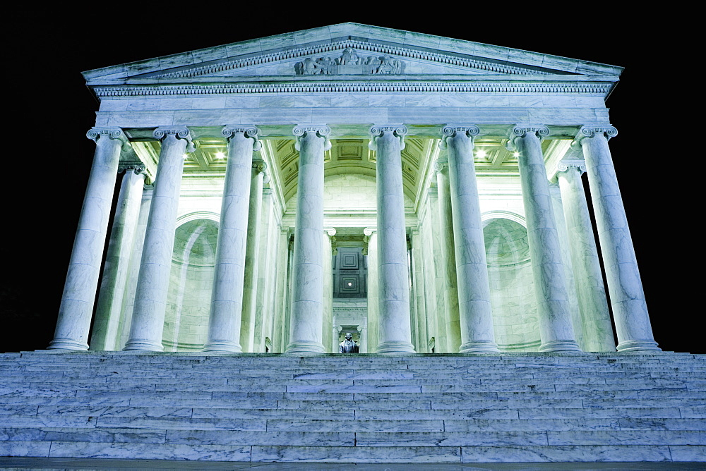 Low angle view of a memorial building, Jefferson Memorial, Washington DC, USA