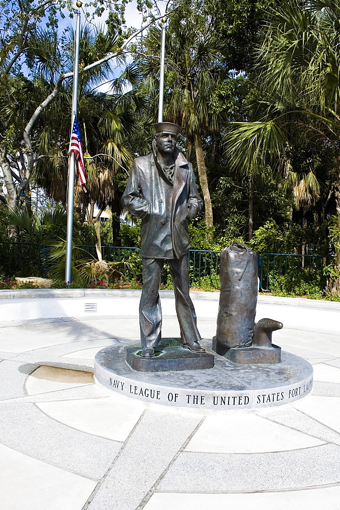Statue in a park, Las Olas Boulevard, Fort Lauderdale, Florida, USA