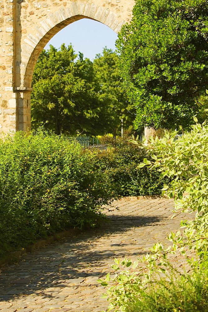 Archway of a garden, Le Mans, Sarthe, Pays-de-la-Loire, France