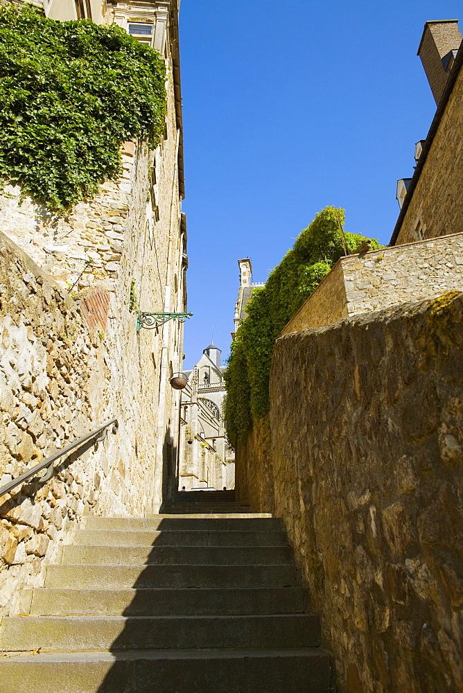 Stone walls on the both sides of steps, Le Mans, Sarthe, Pays-de-la-Loire, France