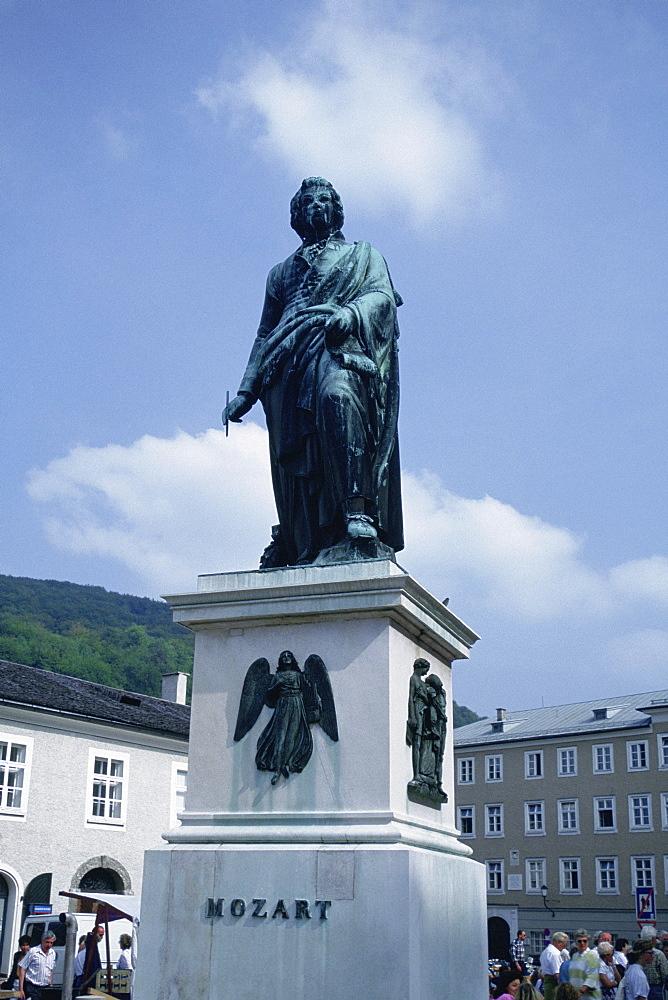 Low angle view of a statue, Mozart Statue, Salzburg, Austria