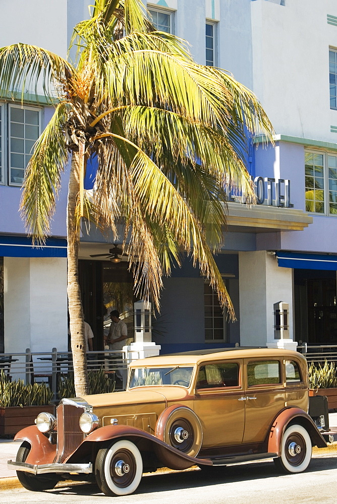 Vintage car parked in front of a hotel, Miami, Florida, USA